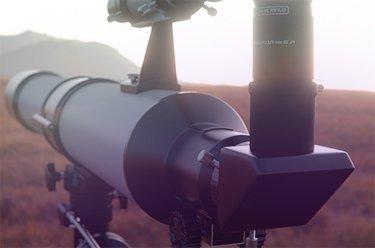 Das Fernrohr für Hobby-Astronomen oder Jäger