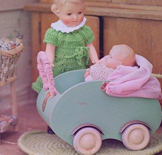 Puppenwagen aus Holz ind diversen Größen