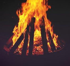 Sichere Feuerstelle dank Feuerschale