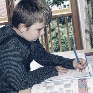 kinderschreibtisch test
